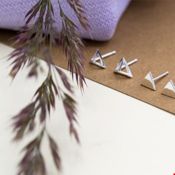 Pyramid earring silver